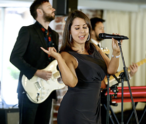 Yarra Valley Wedding Band