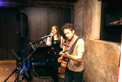Male And Female Acoustic Duo Melbourne